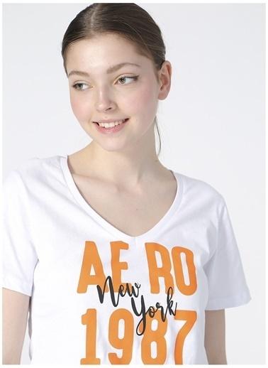 Aeropostale Aeropostale Kadın Beyaz V Yaka T-Shirt Beyaz